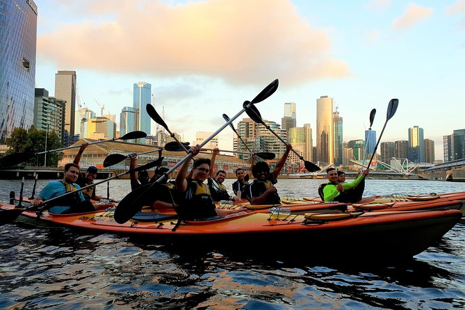 Melbourne Sunset Kayaking Experience with Dinner