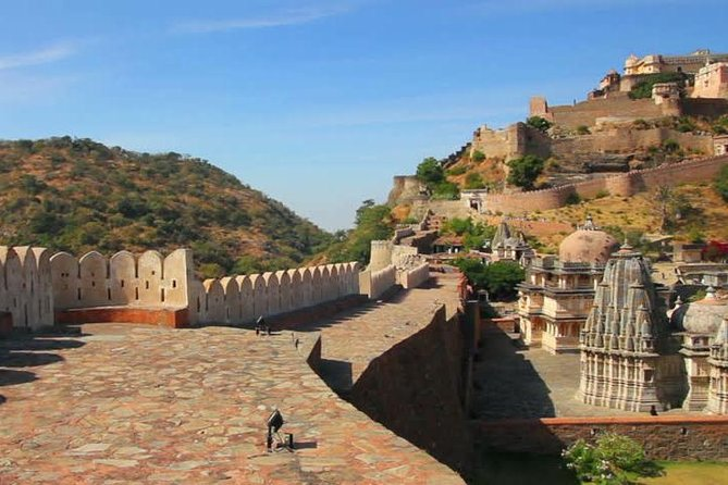 Same Day Excursion To Kumbhalgarh Fort & Ranakpur Jain Temple From Udaipur