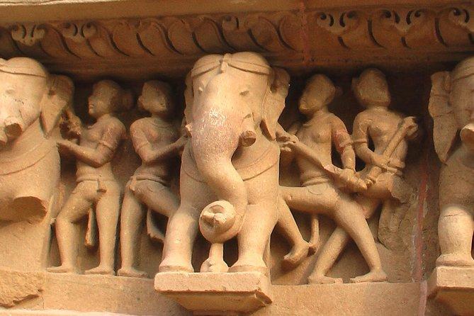 Beatiful Sculptureof Khajuraho Temples