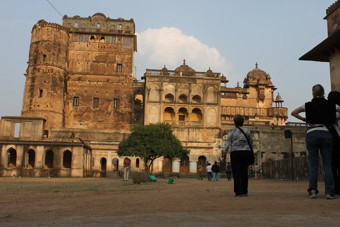 Explore Orchha - Orchha Is Place Of Lord Ram Where Is Worshiped As A King.