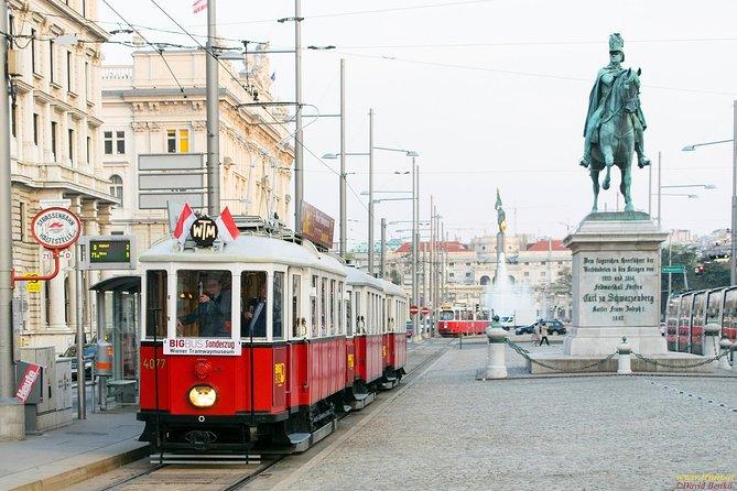 City tour with historic tram through Vienna