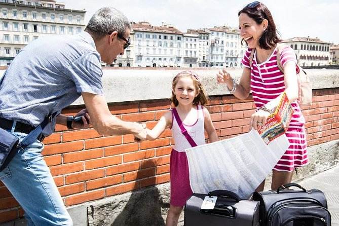In-Person Local Arrival Assistant from Train Station to Florence City Center