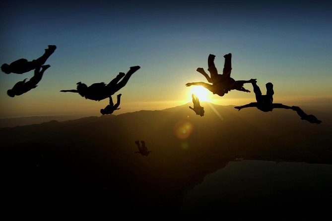 SkyDiving – A Breath Taking Experience