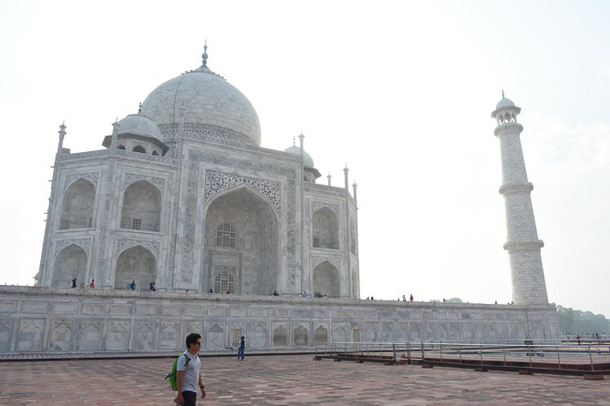 All Inclusive Agra Day Trip to Taj Mahal, Agra Fort & Baby Taj from Delhi by Car photo 5