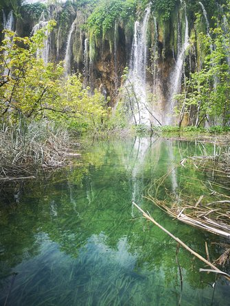 Transfer from Zagreb to Plitvice Lakes or from Plitvice Lakes to Zagreb.