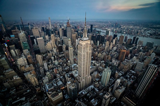 Private New York City Helicopter Tour from Westchester (4-5 People)