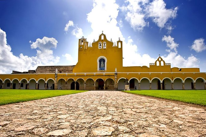 Izamal City Tour with Carriage Ride from Merida