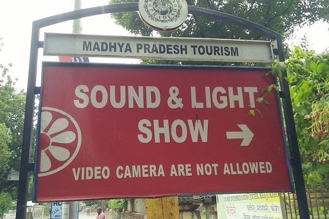 Explore Sound & Light Show In Khajuraho Temples, Son-et-luminere Show-khajuraho