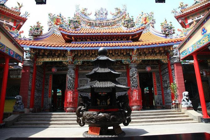 Enter the Daitianfu Temple for a spiritual adventure