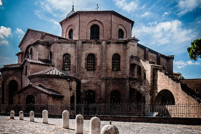 From Rome to Byzantium: Walk in Dante Alighieri's footsteps on an audio tour