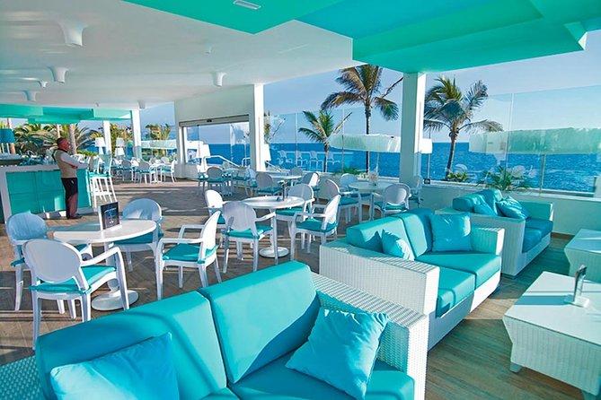 Round trip Airport (LPIA) to Atlantis, Comfort Suites, Warrick, Harbourside, RIU
