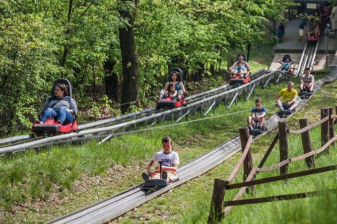 Skip the Line: Entrance Ticket plus 10 rides
