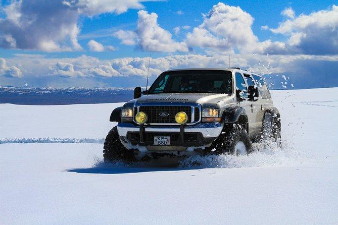 Golden Circle Glacier Super Jeep Tour / guided private tour