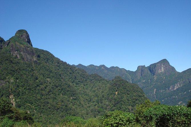 Trekking Knuckles Mountains