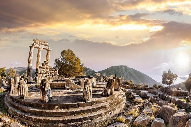 """Delphi, Trip to the """"Center of the Ancient World"""""""