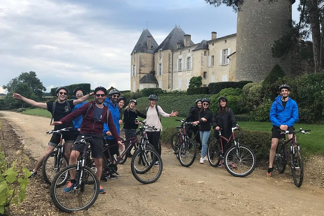 Discovery of vineyards and Sauternes castles by bike