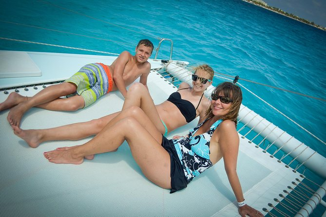 Lite Tour To Isla Mujeres with transportation (Half Day Sailing)