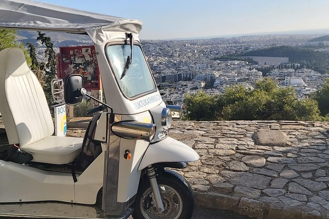 Athens on Electric Tuk Tuk sightseeing City Center - 1 hour private tour