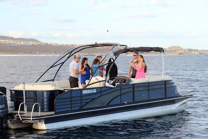 Private Luxury Pontoon Perfect for a group, family or friends.