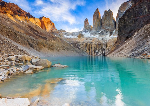5-Day Small Group Guided W Trek - Torres Del Paine Highlights in Mountain Refuge photo 4