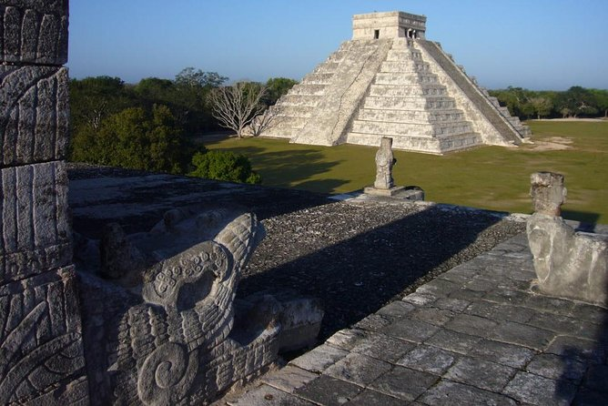 Chichen Itza PRIVATE TOUR - 7 to 15 people - with Lunch, Cenote and Valladolid