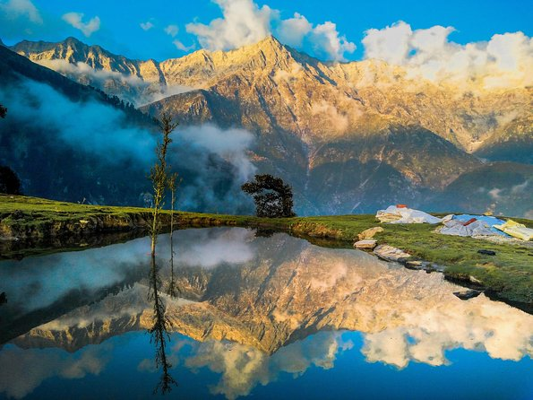 Essence of magnificent India and Nepal