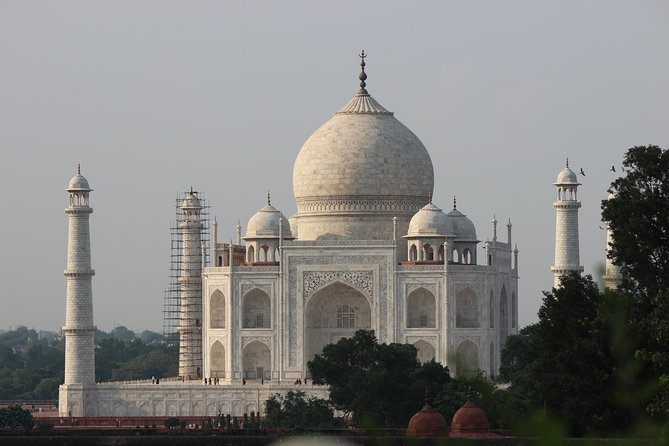 Private: Same Day Tour of Taj Mahal from Jaipur by Car (All Inclusive)