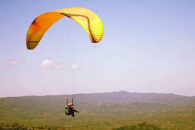 Manado Paragliding Heaven : Tetempangan Hill Skyline with Transport