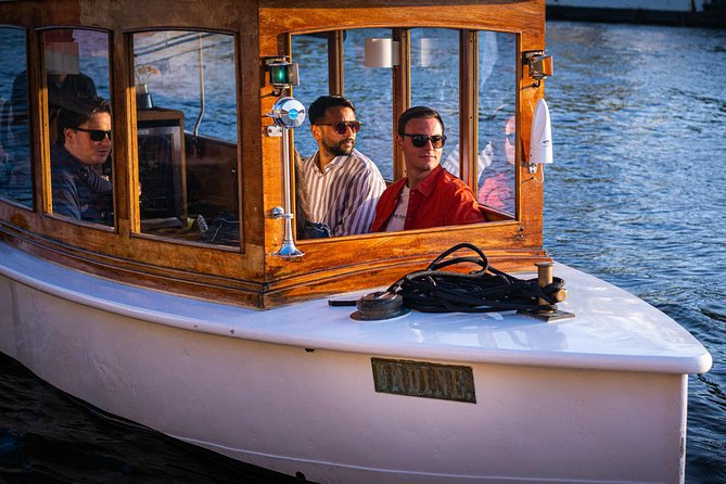 PRIVATE and SAFE Saloon Boat Ride: Amsterdam Canal Cruise & Unlimited Drinks