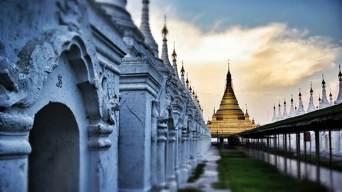 Mandalay in depth: Full-day Sightseeing Tour with Mingun photo 7