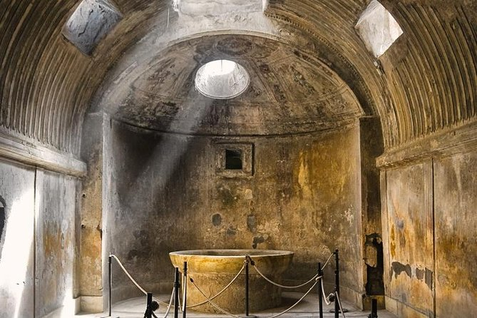 Private 3 hour Pompeii tour with skip the line