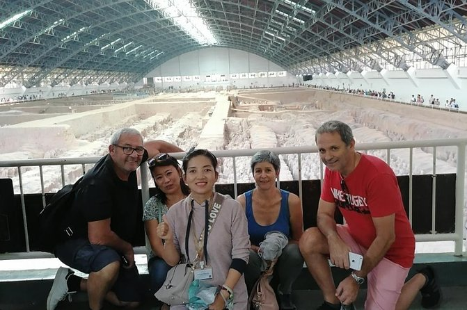 Impressive 1Day tour for Terra Cotta Army,Huaqing Palace and Muslim Quarter photo 6