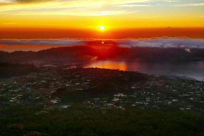 Sunrise mount batur trecking and hot spring - insta spots - free wifi