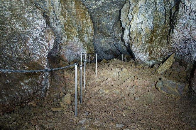 Vatnshellir Cave Tour