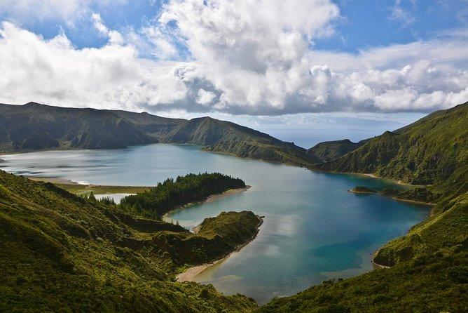 Van Tour Ribeira Grande + Lagoa