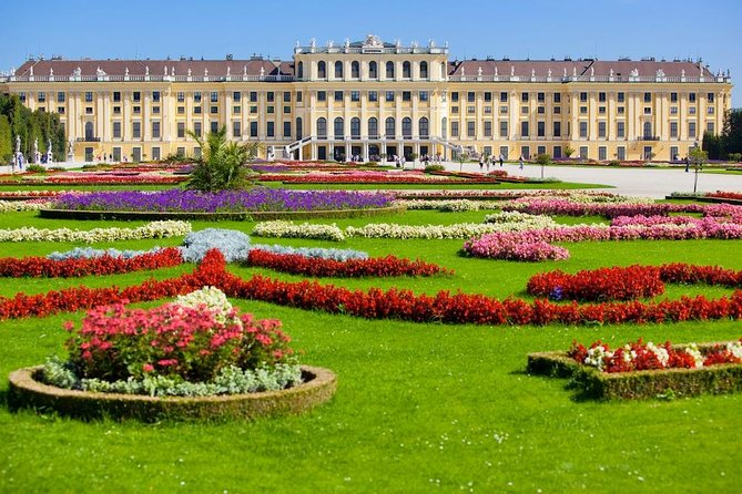 Private 3-hour Walking Tour of Vienna with official tour guide