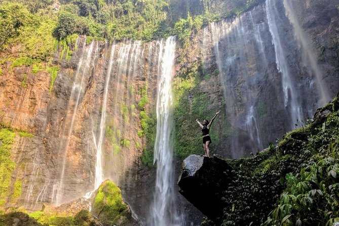East Java Tours Package 4D 3N (Volcano - Waterfalls Photography) photo 1
