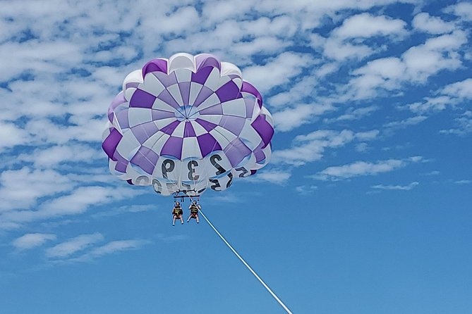 300 Foot Parasailing Adventure in Fort Myers