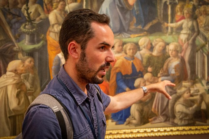 Guided tour to the secrets of the Uffizi Gallery photo 4