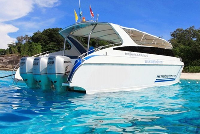 Cruise and Snorkel in Phi Phi islands - Transfers, lunch and snorkel included