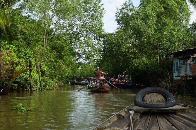 "PRIVATE ""Non-Touristy Floating Market"" photo 4"