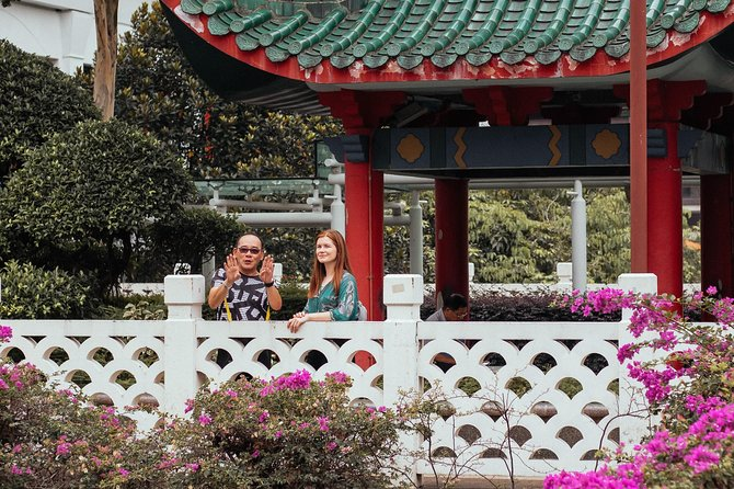 Private Cultural Chinatown Tour: History & Temples with a Local photo 7