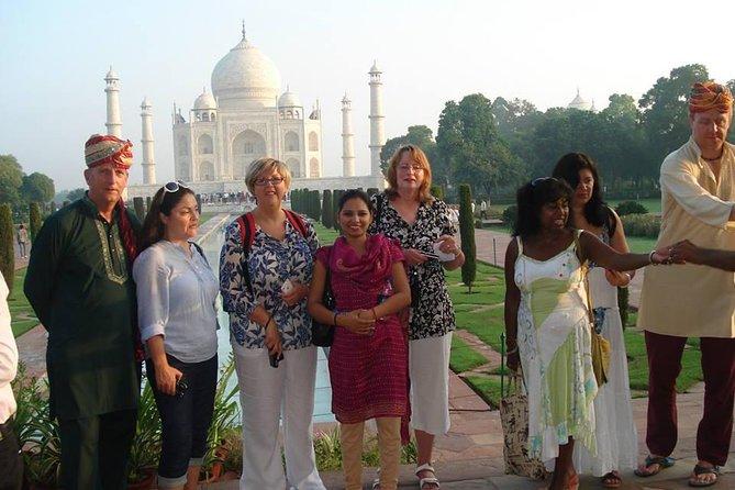 Taj Mahal Trip (Delhi-Agra-Delhi)