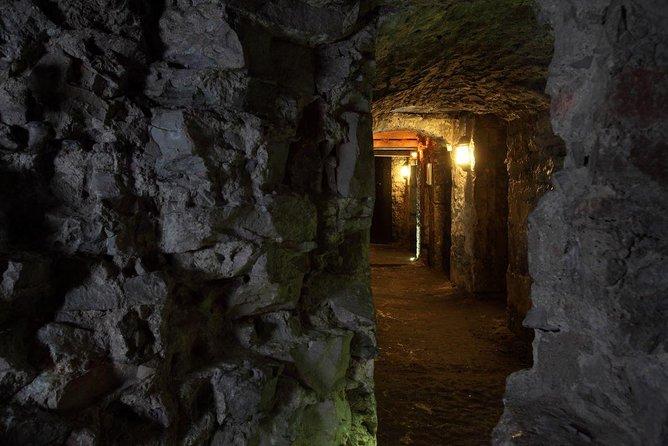 Edinburgh Night Walking Including Underground Vaults