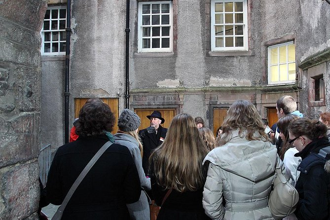 Historical Walking Tour with Optional Skip the Line Entry to Edinburgh Castle photo 14