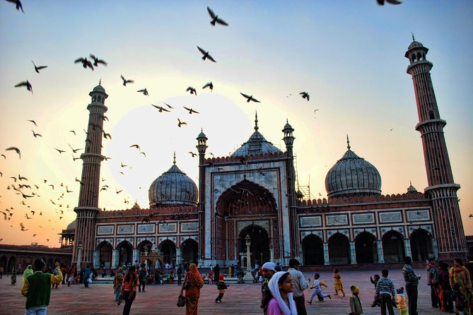 Private: Best of Old & New Delhi Tour With Entrances