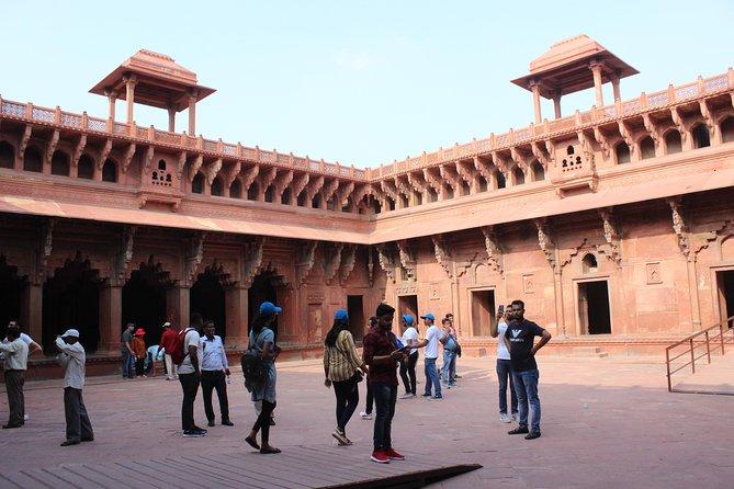 Private: Same Day Taj Mahal Tour By Train & Return By AC Car