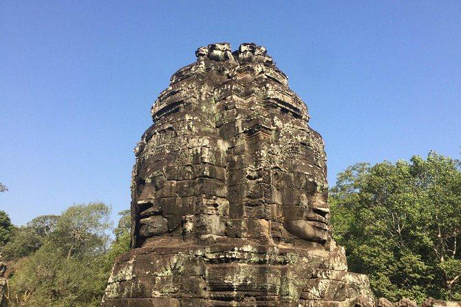 Angkor Wat Tour by Car and Expert Tour Guide photo 8
