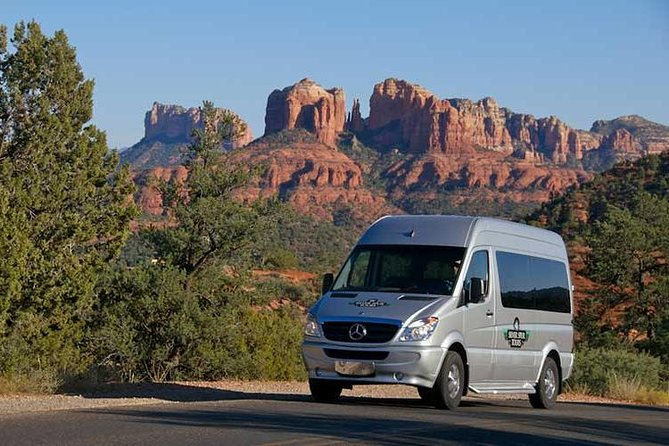 Private Customized Sinagua Indian Ruins, Grand Canyon and Sedona 2-Day Tour
