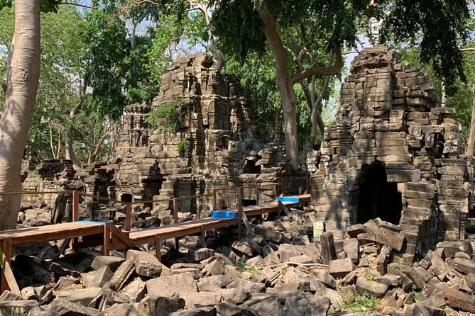 01 Day : Overland VIP Visit Banteay Chhmar Temple from Sem Reap